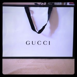Large Gucci shopping bag
